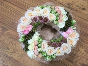 Pave textured wreath